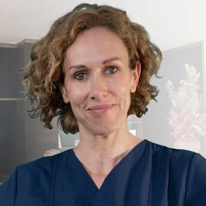Dr. med. Annika Waldhauser